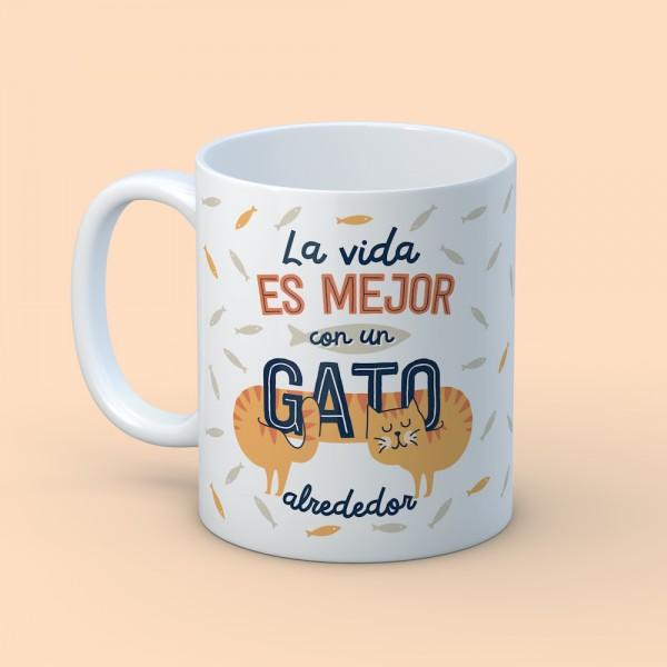 "Taza ""Con un gato alrededor"""
