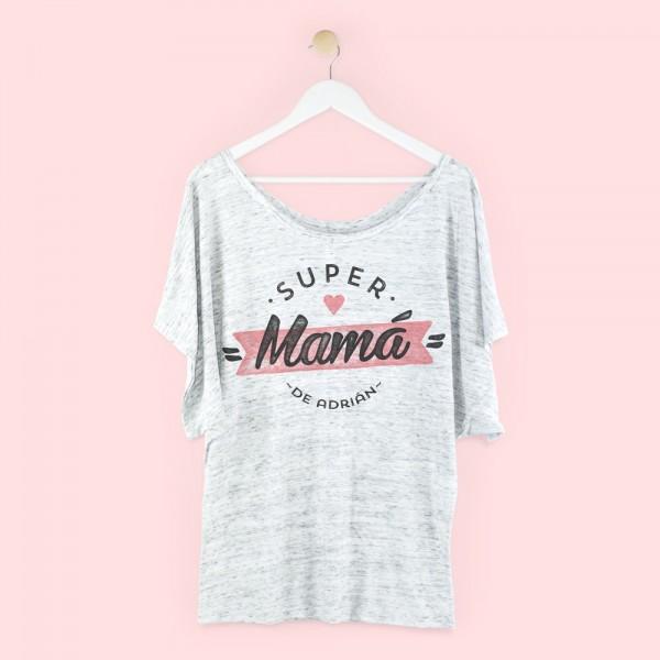 """Camiseta personalizada """"Supermamá corazón"""""""